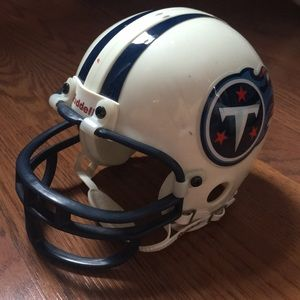 Collectors NFL helmet of the Tennessee Titans
